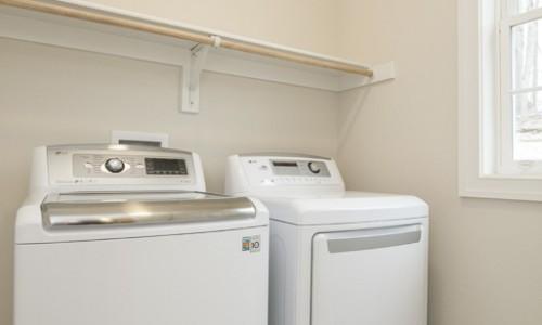 JMB HOMES 3 Kroms Drive in Kroms Keep laundry room