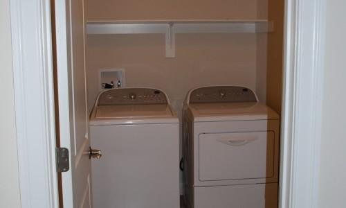 JMB HOMES Long Reach Farms - Lot 1 - Marsten laundry room