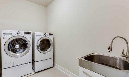 24-Ballantine-Laundry
