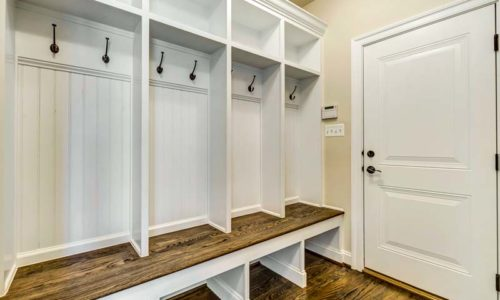 24-Kameron-Custom-Mudroom
