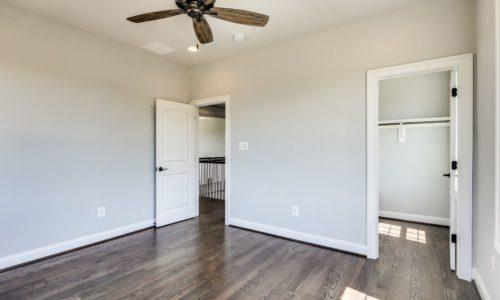 24 Marimar Bedroom